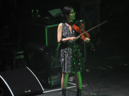 Jean Cook with Pulp at Sheffield Arena, 8 December 2012